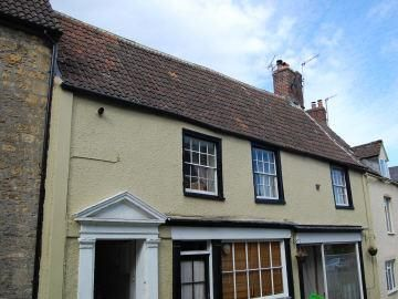 2 bedroom flat for sale in Patwell Street, Bruton
