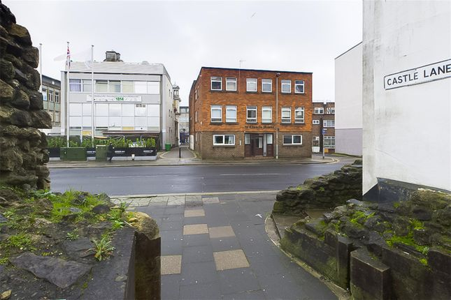 Thumbnail Flat to rent in St Francis House, 21 Castle Way, Southampton