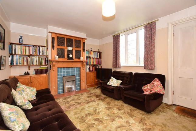 Lounge of Station Hill, East Farleigh, Maidstone, Kent ME15