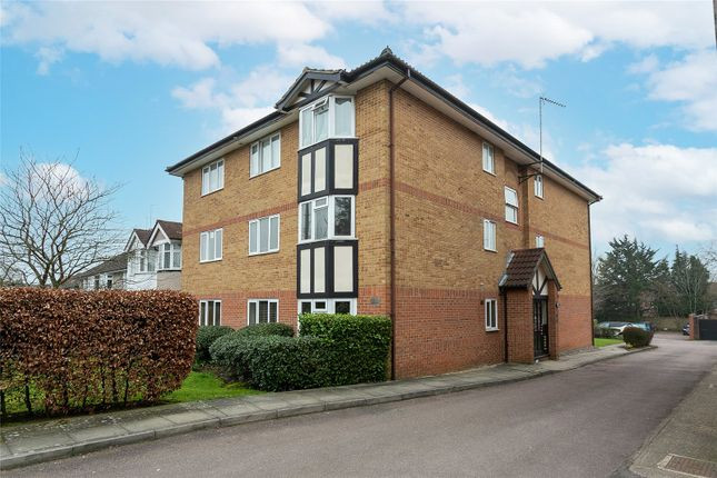2 bed flat for sale in St. Albans Road, Watford, Hertfordshire WD25