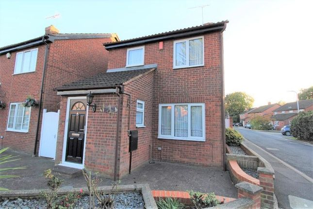 Thumbnail Detached house to rent in Rowlheys Place, West Drayton, Middlesex
