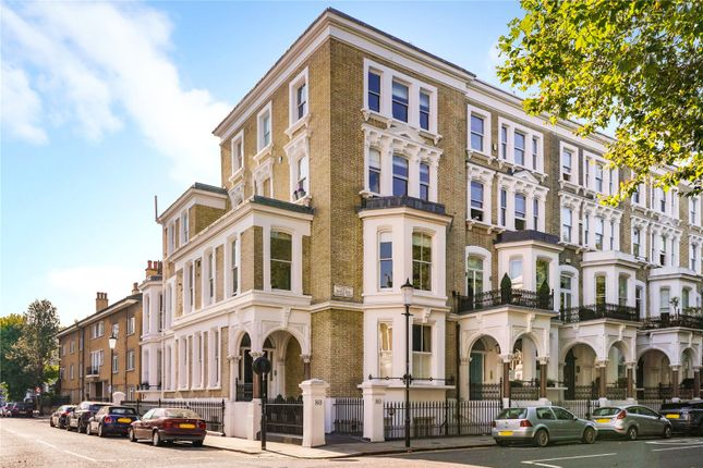 Thumbnail Flat for sale in Redcliffe Square, London