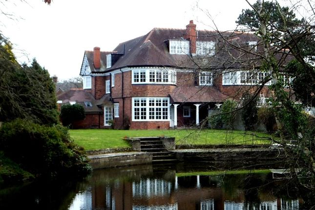 Thumbnail Semi-detached house to rent in Curzon Park North, Chester