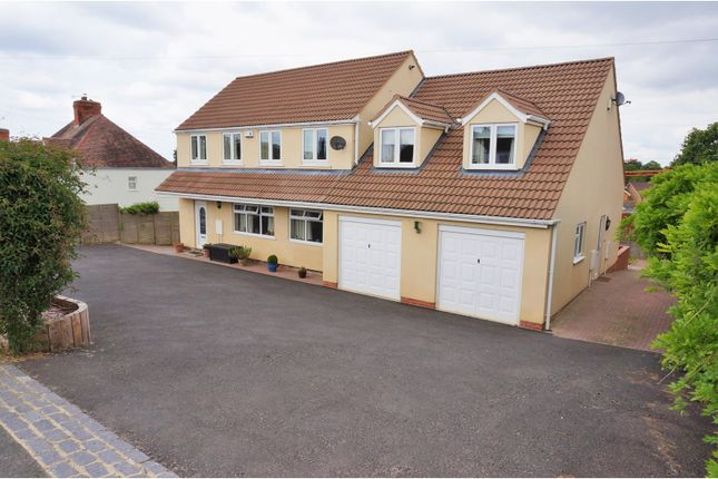 Thumbnail Detached house for sale in Pitchers Hill, Wickhamford