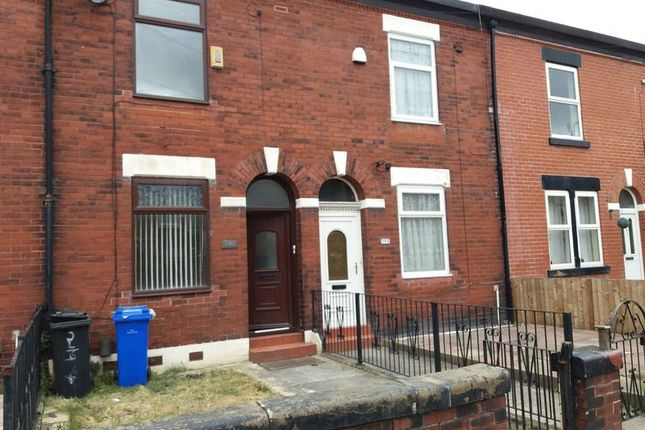 3 bed terraced house to rent in Fairfield Road, Droylsden, Manchester
