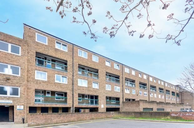 Thumbnail Flat to rent in Edgecombe House, Camberwell