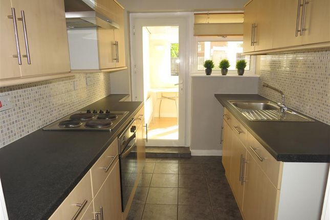 Thumbnail Bungalow to rent in Owl End Walk, Yaxley, Peterborough