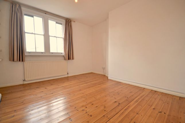 Thumbnail Terraced house to rent in Elliotts Row, Elephant And Castle