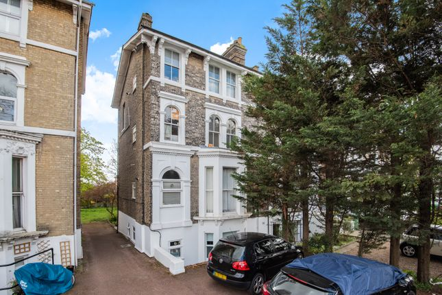 1 bed flat for sale in Shooters Hill Road, Blackheath SE3