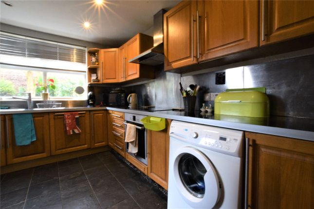3 bed semi-detached house to rent in Queens Road, Farnborough, Hampshire GU14