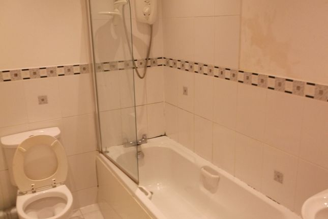 1 bed flat to rent in Russell Street, Gloucester GL1