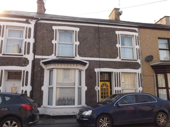 Thumbnail Terraced house for sale in Madoc Street, Porthmadog, Gwynedd