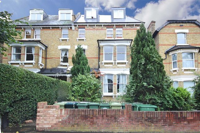 Thumbnail Property to rent in Cumberland Park, London