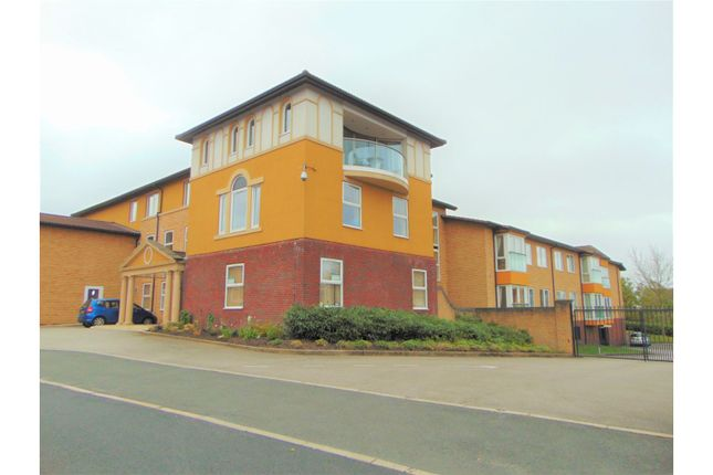 Thumbnail Property for sale in Sienna Court, Oldham