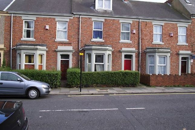 Thumbnail Terraced house to rent in Brighton Grove, Arthurs Hill, Newcastle Upon Tyne