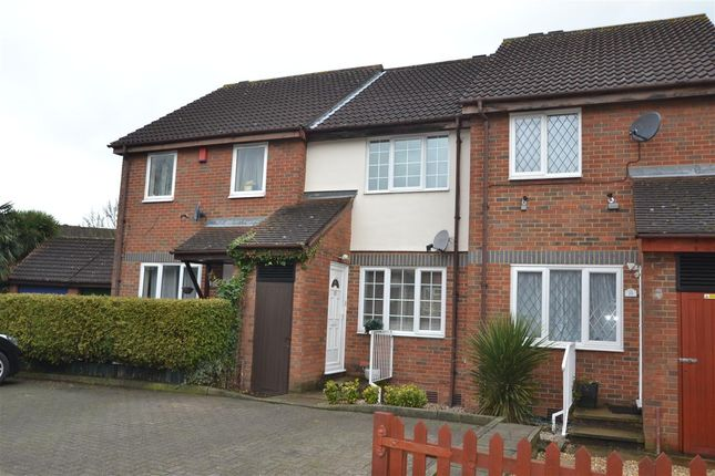 2 bed terraced house for sale in Grasmere Close, Feltham