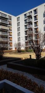 Thumbnail Flat to rent in Heron Place, Kentish Town