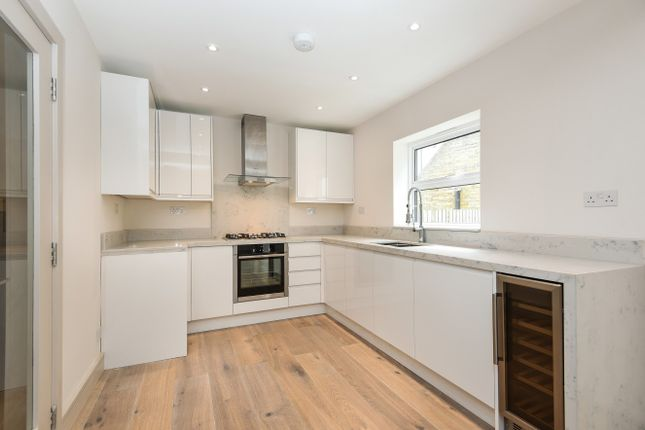 Thumbnail Mews house for sale in Abberley Mews, London