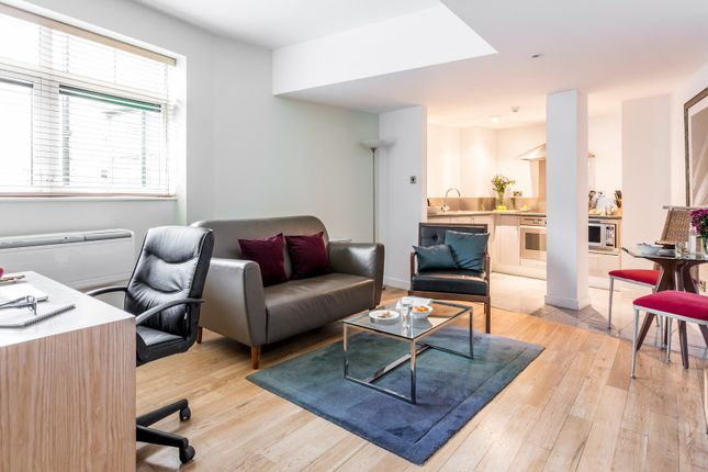 Thumbnail Flat to rent in Bishopsgate, London