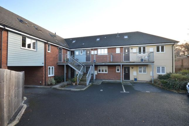 2 bed flat to rent in Moorlands Reach, Old Newton Road, Heathfield, Newton Abbot
