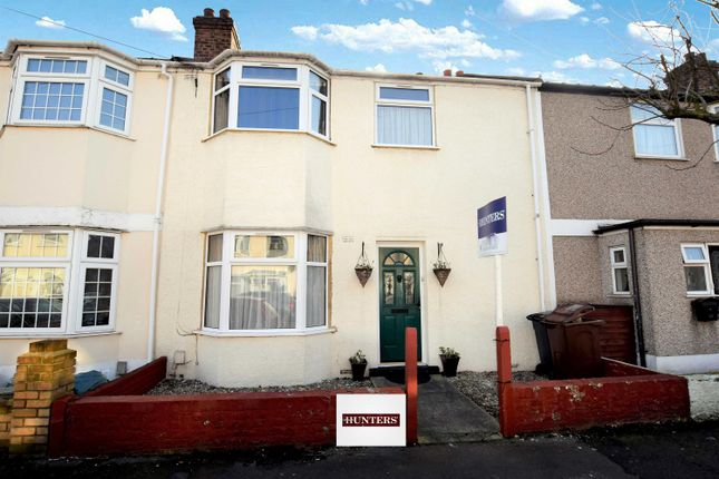 Thumbnail Terraced house to rent in Heath Road, Chadwell Heath