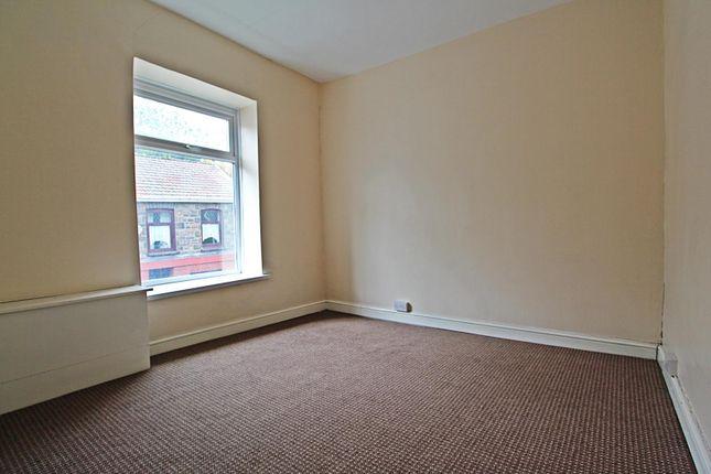 Room 2 of Llewellyn Street, Pontygwaith, Ferndale, Rhondda Cynon Taff CF43