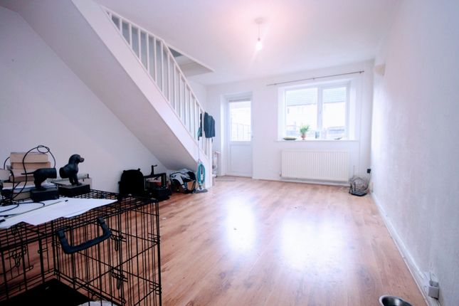 Thumbnail Terraced house to rent in Apperley Drive, Quedgeley, Gloucester