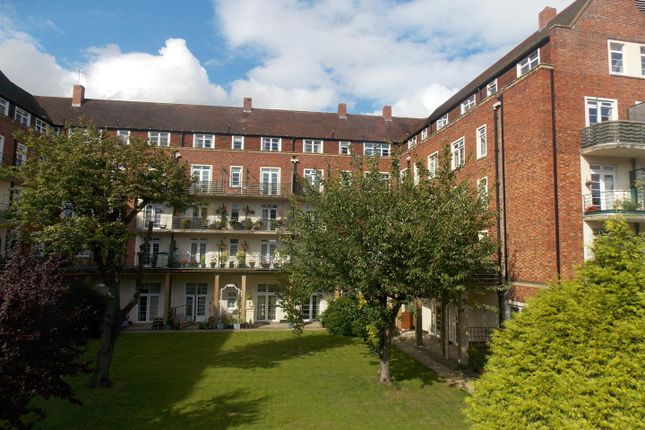Thumbnail Flat for sale in Friar Street, Droitwich