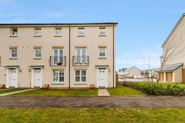 Thumbnail Town house for sale in Kenley Road, Braehead, Renfrew