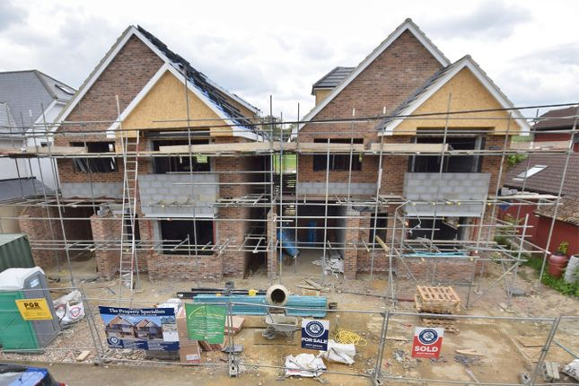 Thumbnail Detached house for sale in Kennel Lane, Billericay