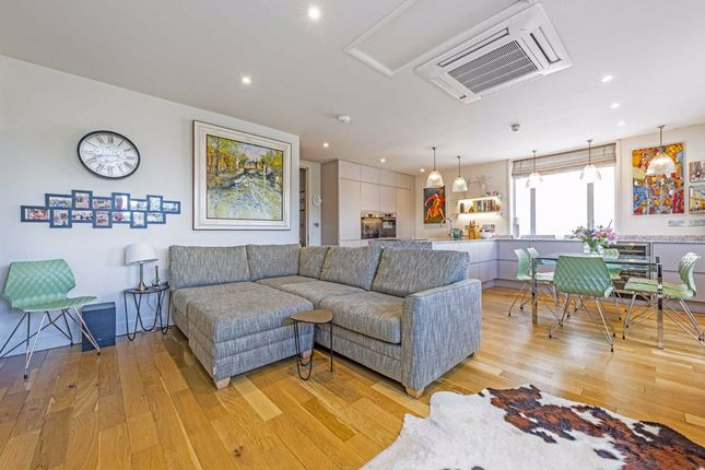 4 bed flat for sale in Candler Mews, Amyand Park Road, Twickenham TW1