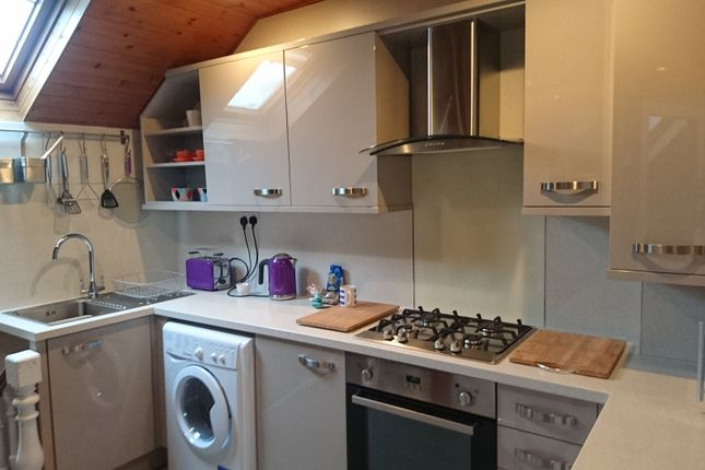 Thumbnail Flat to rent in 10 Warwick Place, Leamington