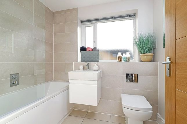 Show Home of 5 St Thomas More Place, Stoney Lane, Winchester SO22