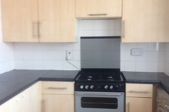 Thumbnail Maisonette to rent in Leatherbottle Green, Erith
