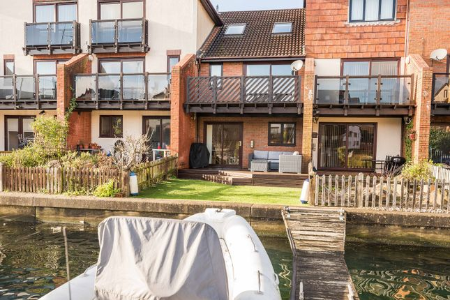Thumbnail Town house for sale in Carne Place, Port Solent