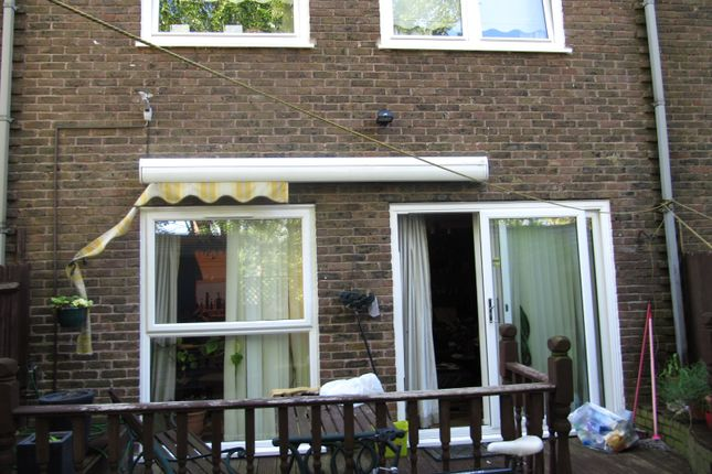 Thumbnail Maisonette for sale in Yeoman Road, Northolt