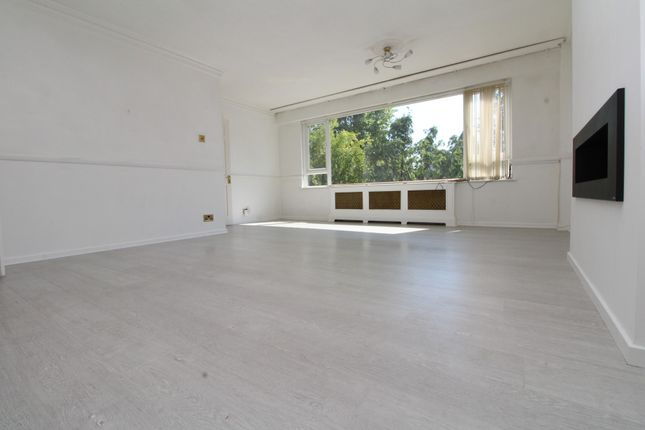 Thumbnail Town house to rent in Jews Walk, Sydenham