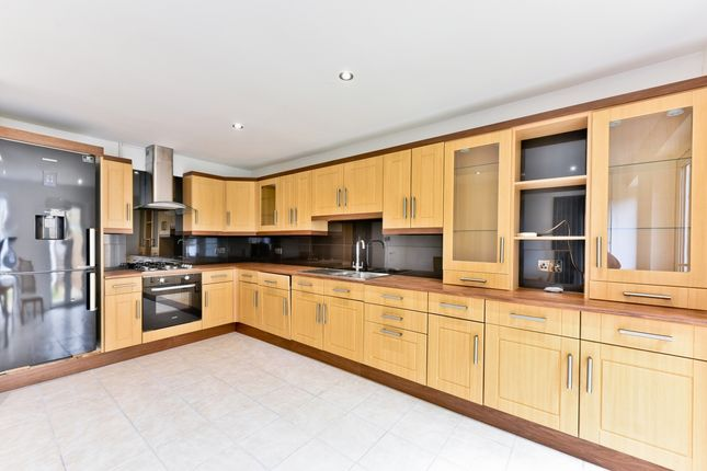 Thumbnail 3 bed property for sale in Cardinals Way, London