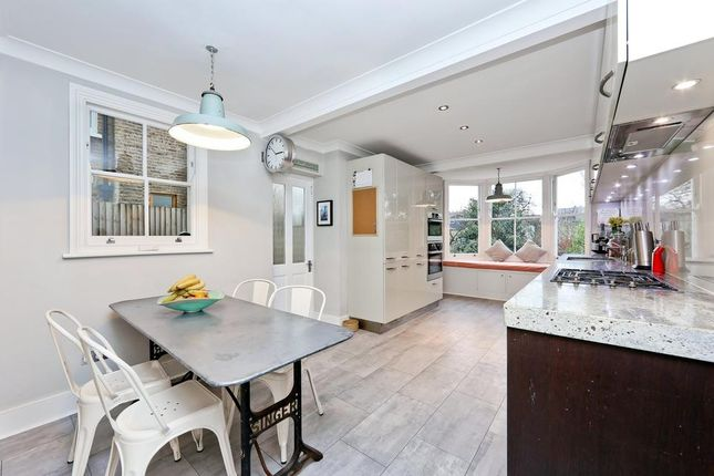 Thumbnail Terraced house to rent in Oglander Road, London