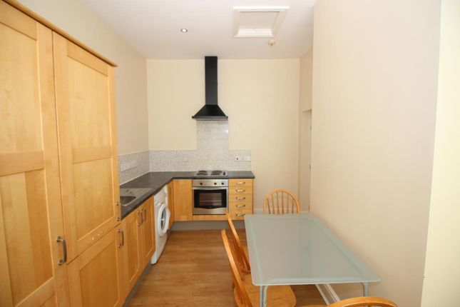 2 bed flat to rent in High Street West, Wallsend, Tyne And Wear NE28