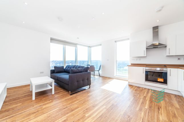 Thumbnail Flat for sale in Chatham Waters, Gillingham