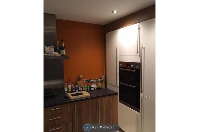Thumbnail Flat to rent in Cedar Drive, Leeds