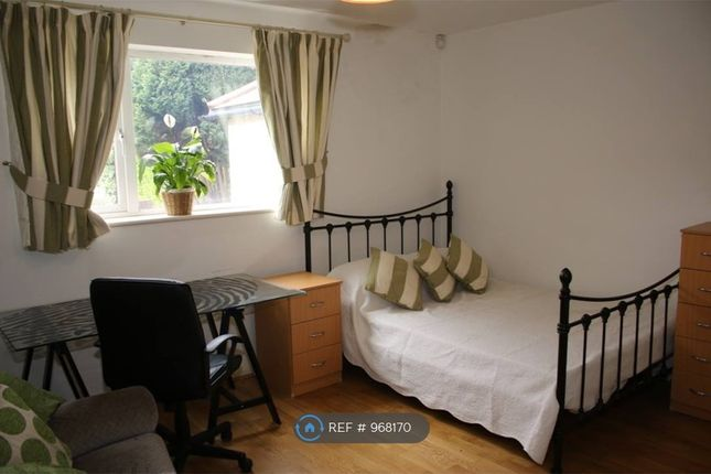 5 bed semi-detached house to rent in Mayfield Road, Southampton SO17