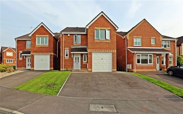 Thumbnail Detached house to rent in Broadacres, Church Village, Pontypridd