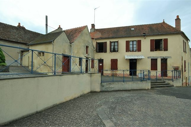 5 bed property for sale in Auvergne, Allier, Neris Les Bains