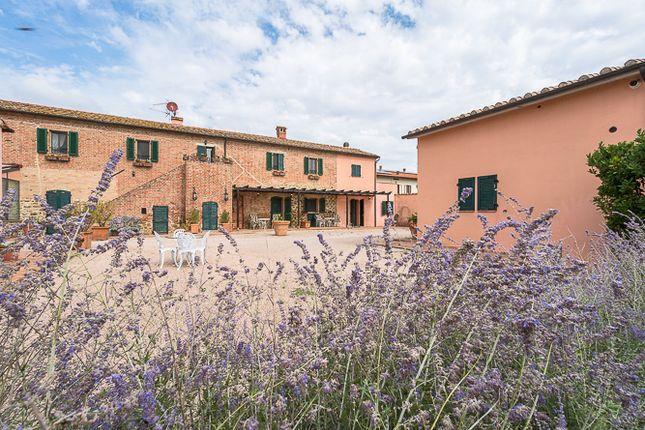 Photo of Villa La Cattedrale Nella Valle, Castiglione Del Lago, Perugia, Umbria, Italy