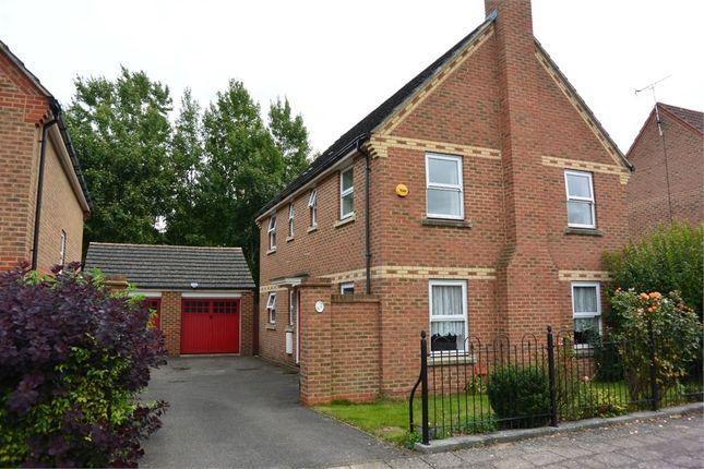 Thumbnail Detached house to rent in Sandhill Way, Aylesbury, Buckinghamshire