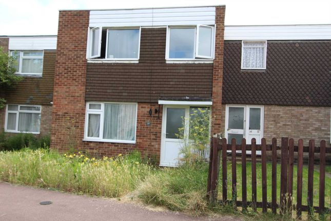 3 bed semi-detached house to rent in Carolines Close, Southend On Sea SS2