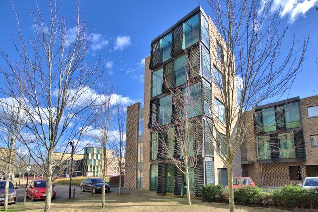 Thumbnail Flat to rent in Addenbrookes Road, Trumpington, Cambridge