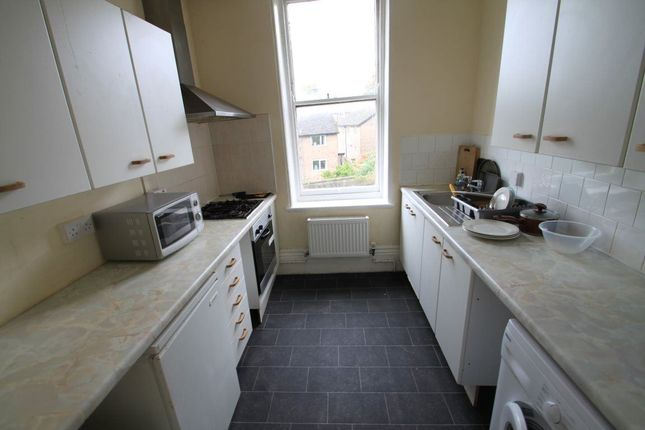 8 bed property to rent in Clarkegrove Road, Sheffield
